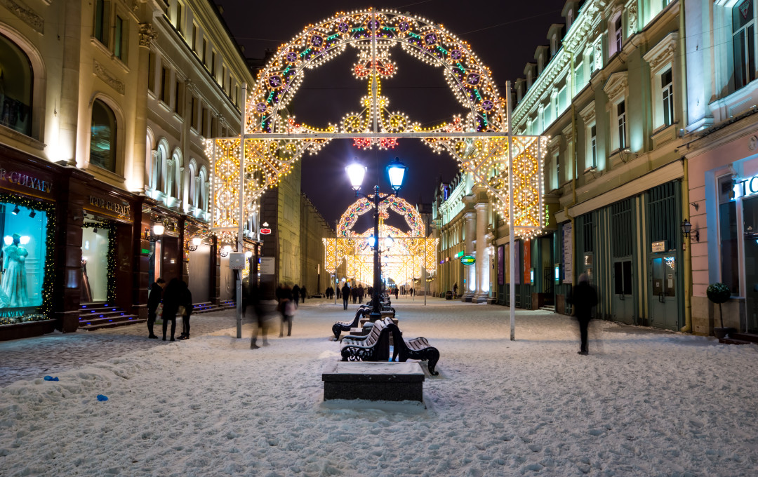 Winter night on Nikolskaya Street