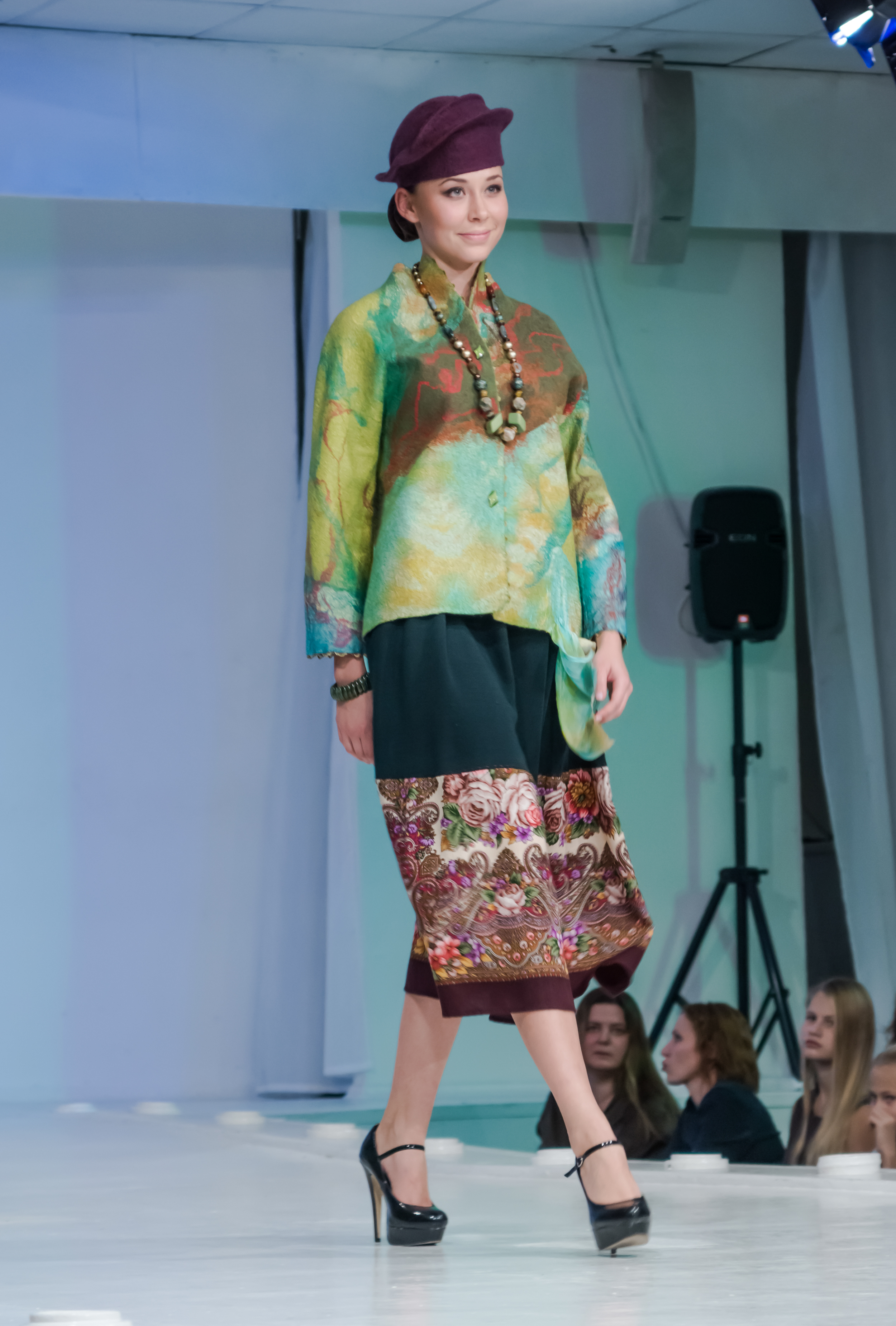 Im russischen Stil Kleider