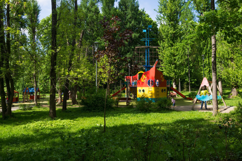 Детская площадка в Измайловском парке