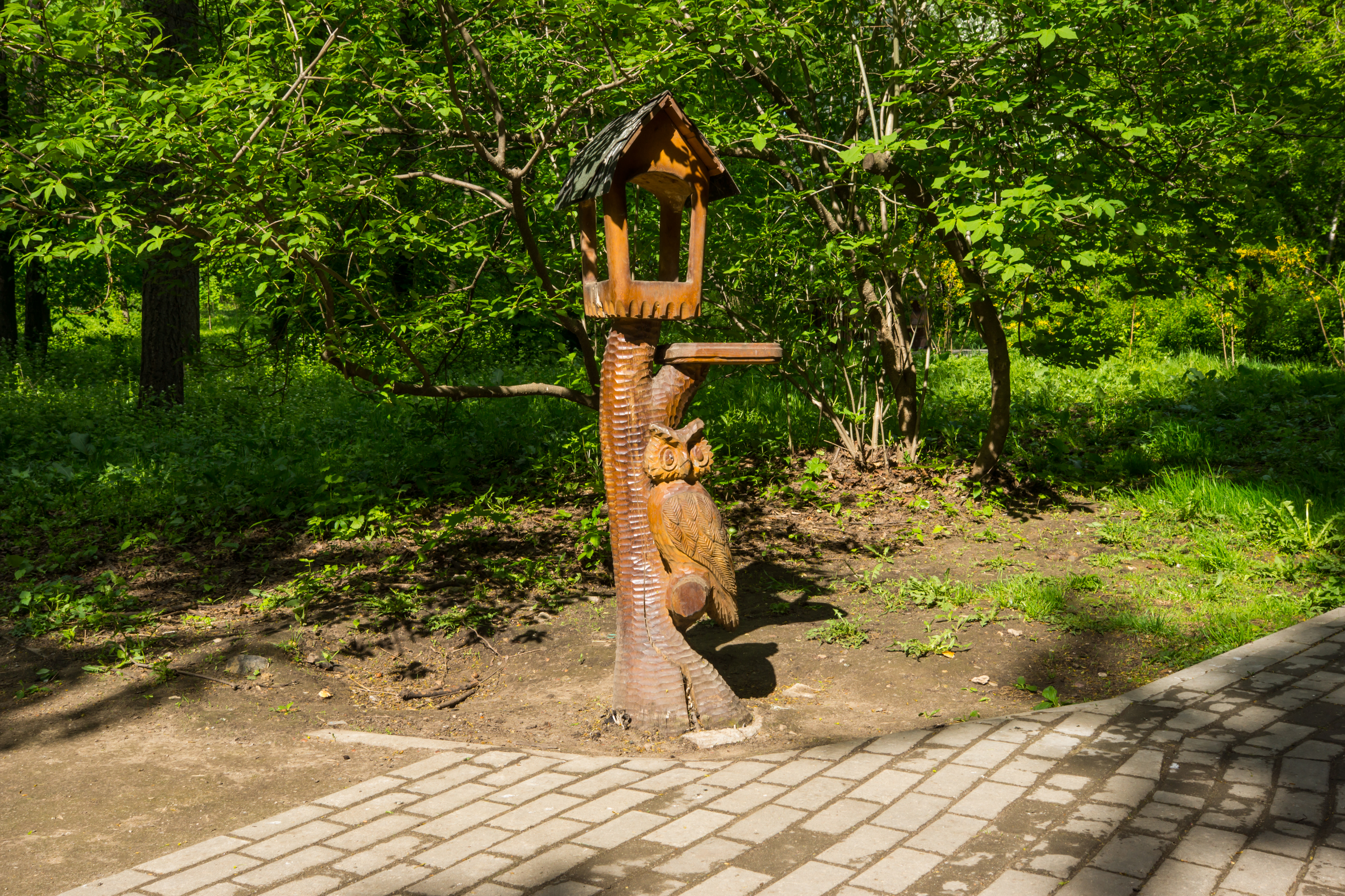 wooden sculptures in the Park