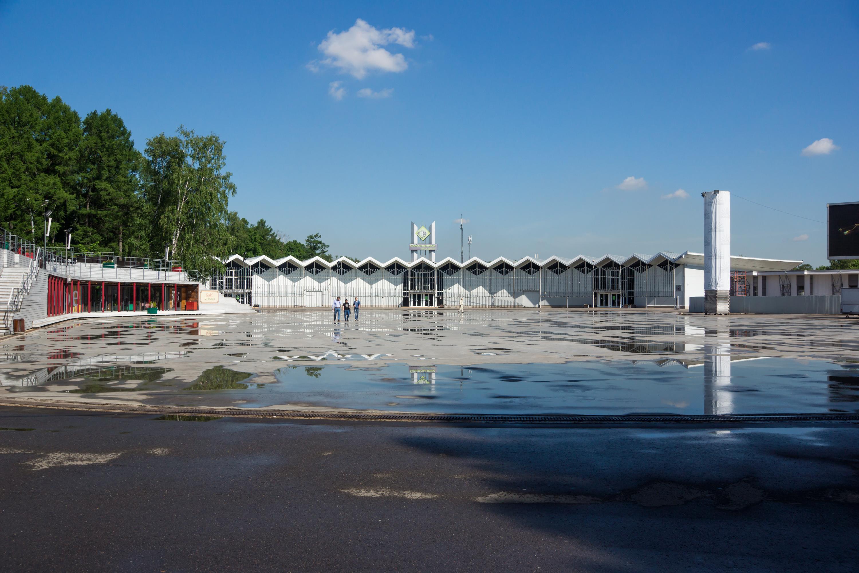 выставочные павильоны в Сокольниках