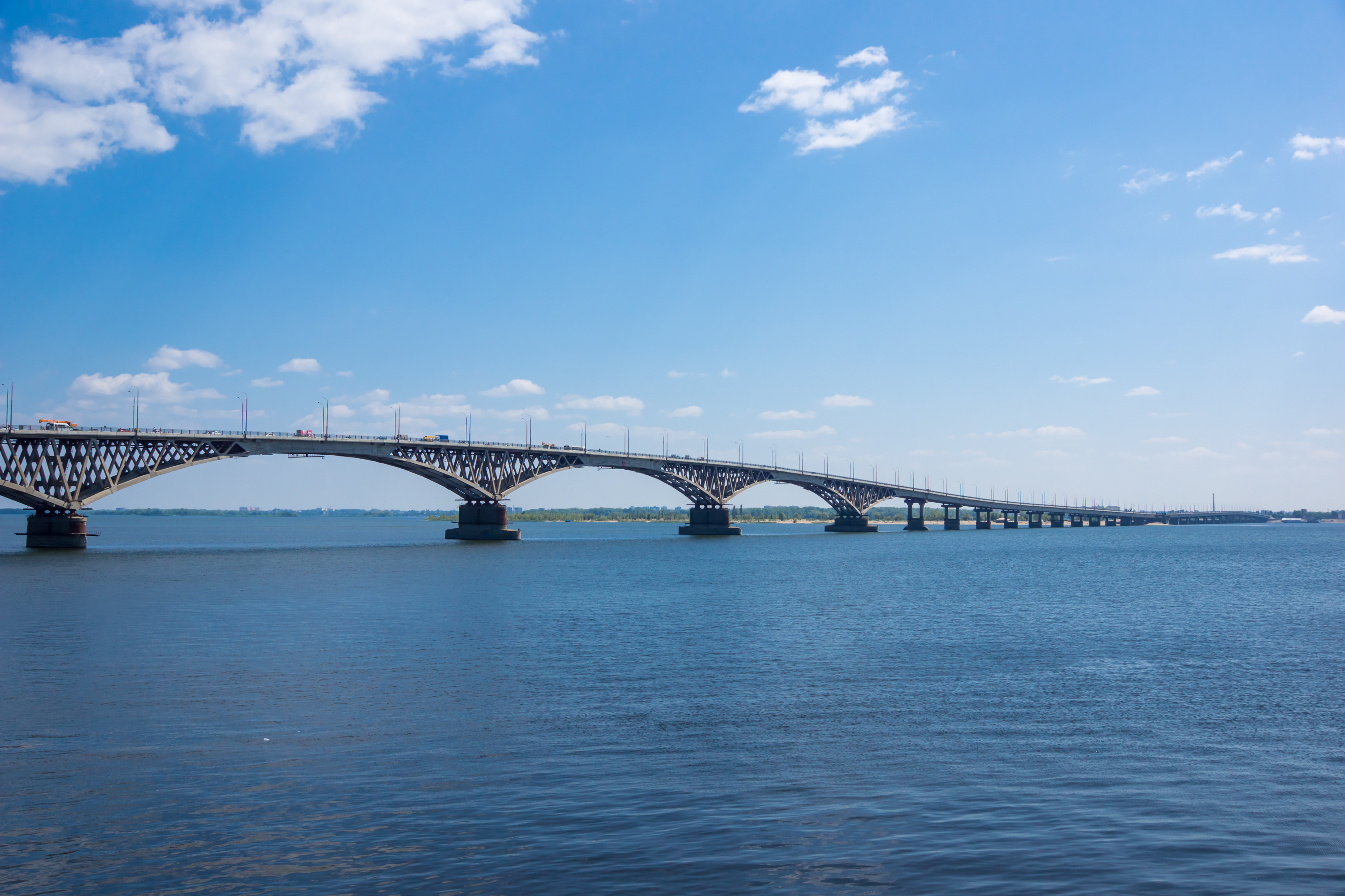 Saratov bridge across the Volga