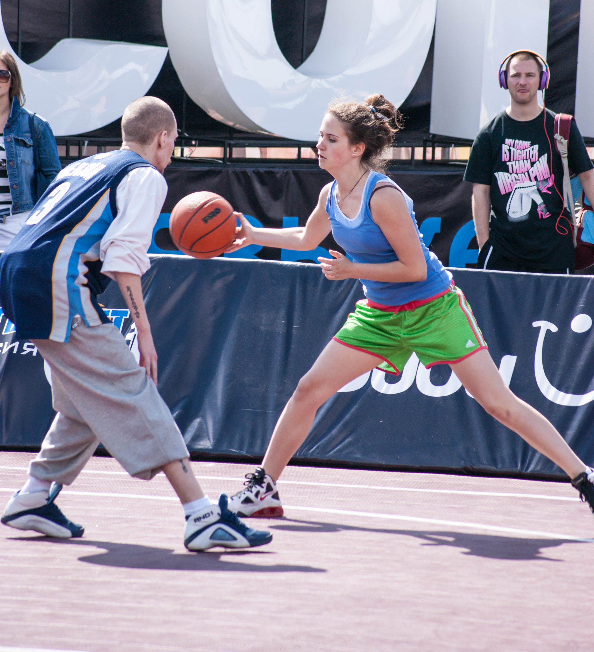 Street basketball in Moscow