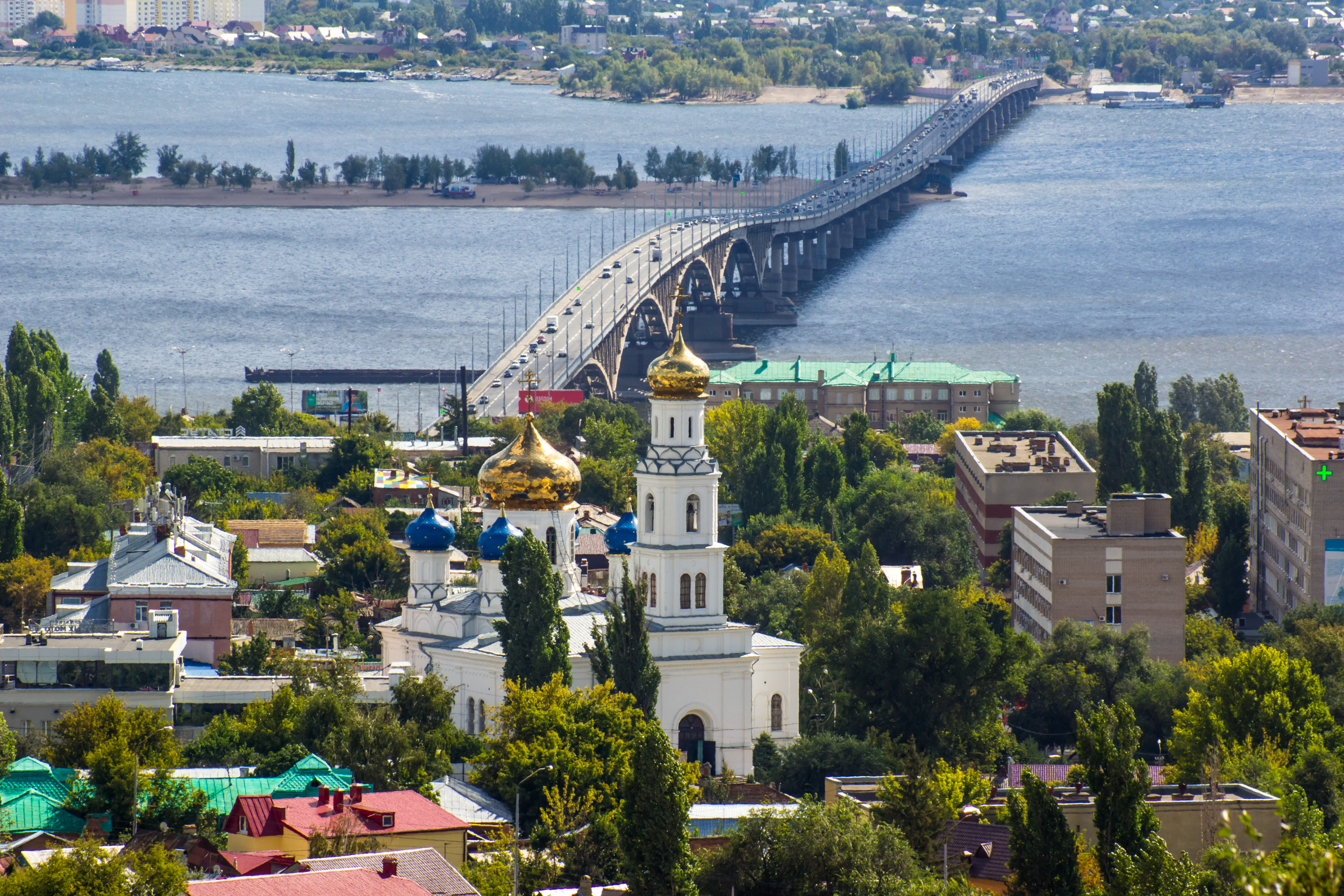Picture of the Saratov bridge with Sokolova mountains, Zhuravli