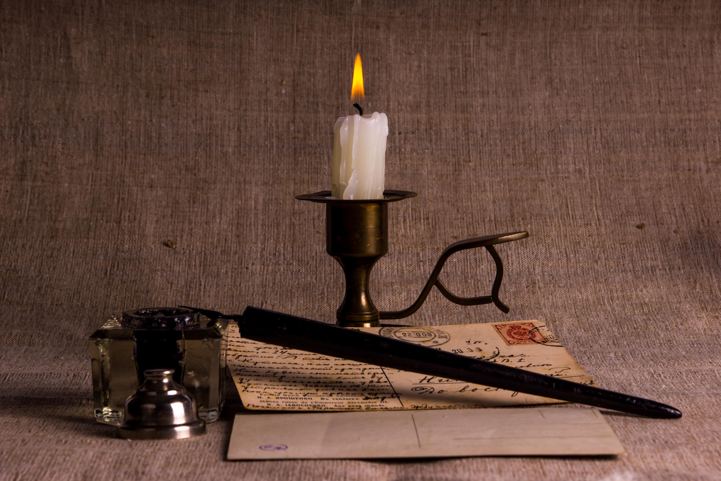 свеча и письмо
