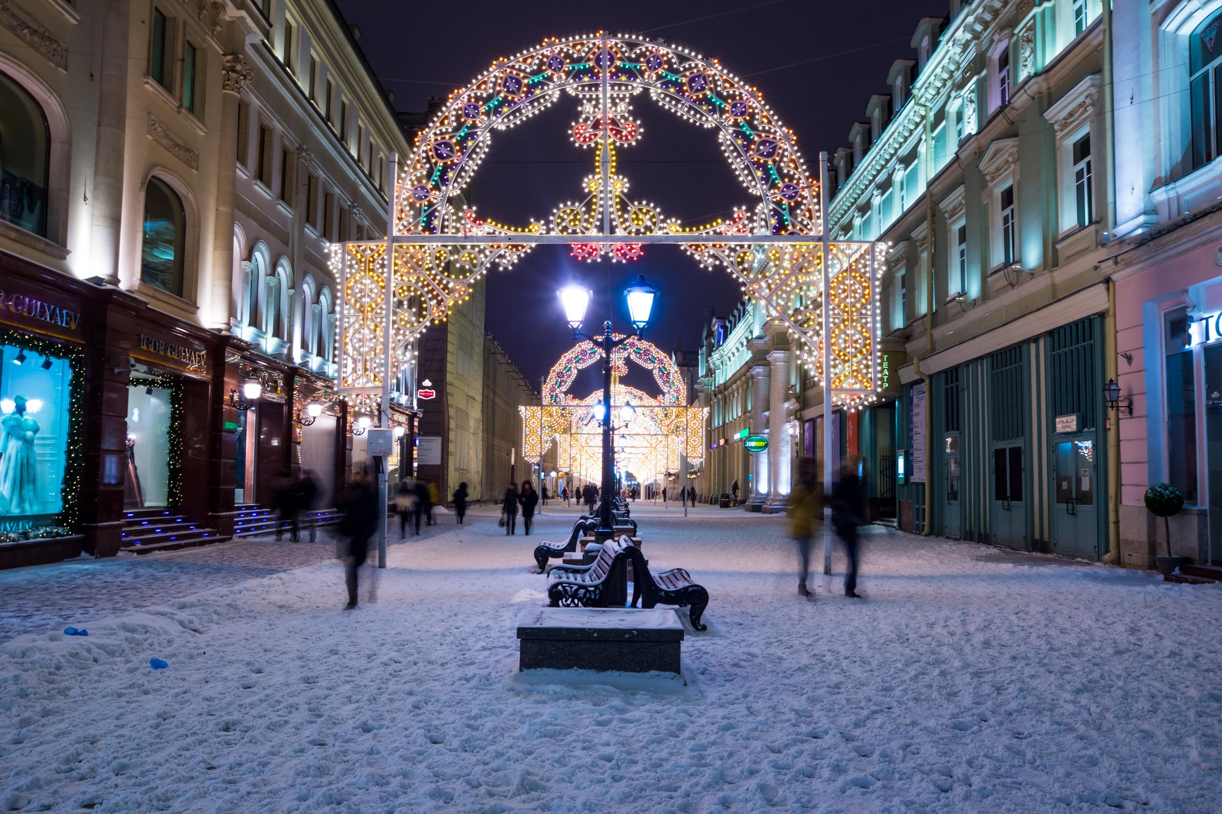 Никольская улица зимой