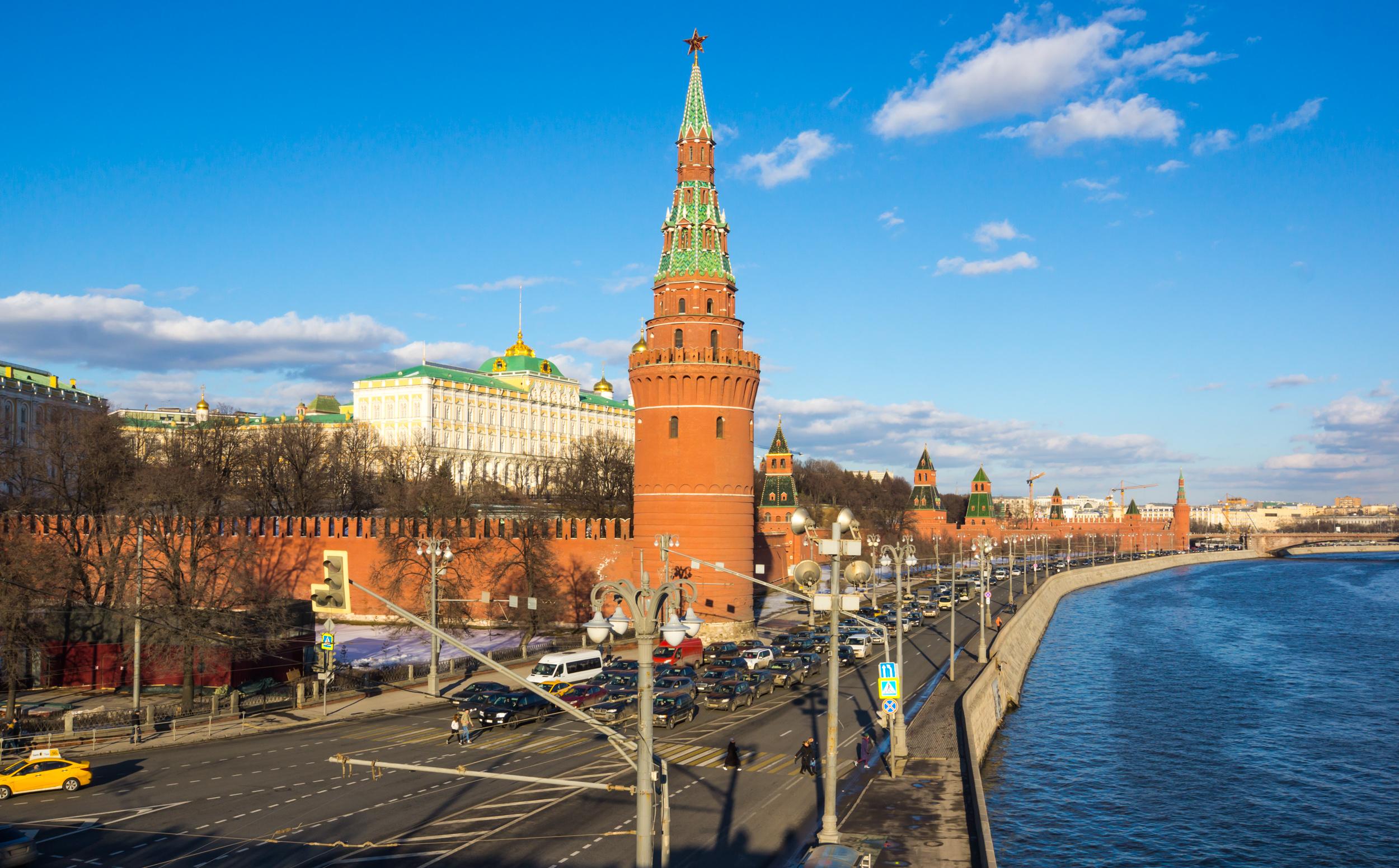 Вид на Крмль и Кремлевскую набережную
