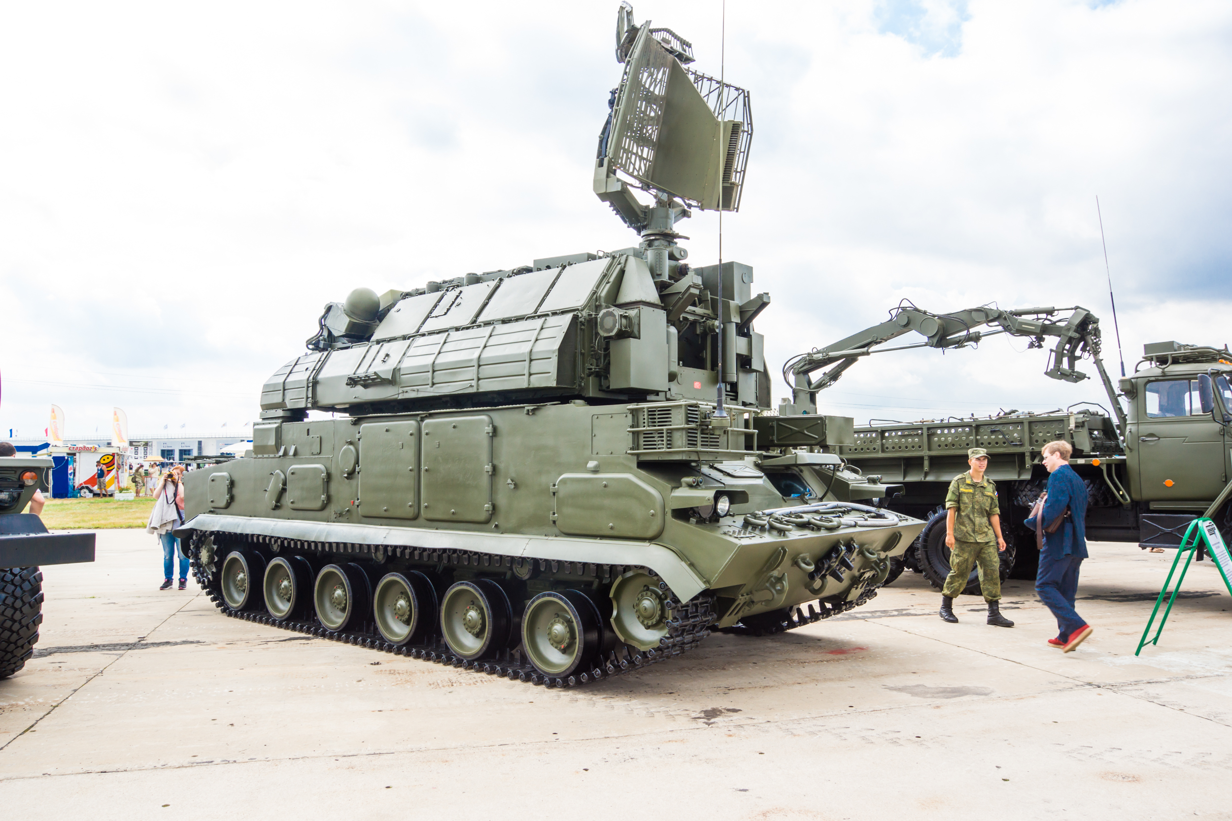 "Anti-aircraft missile system 9 k 331 ""Tor-M1"""