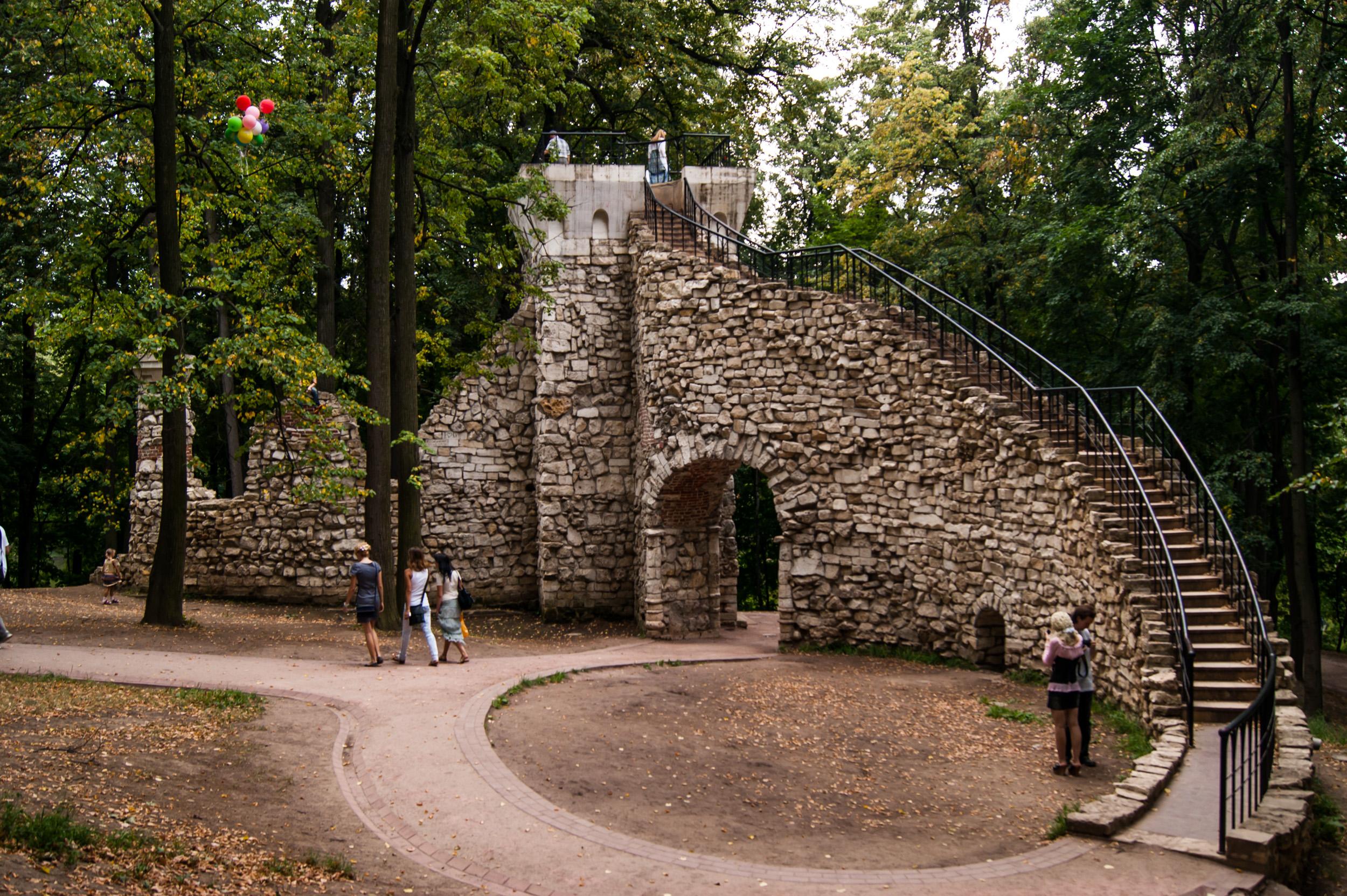 Башня-руина