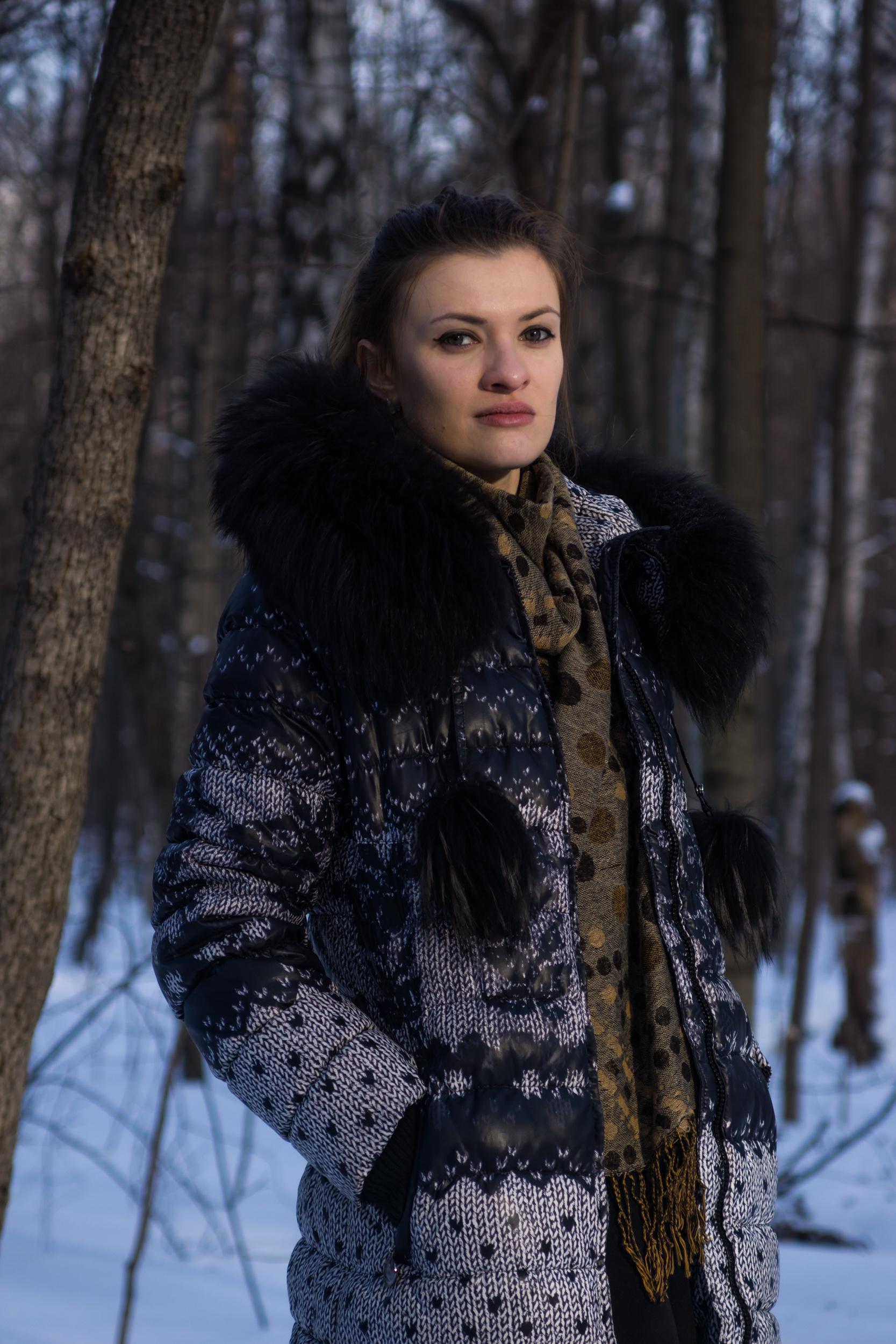 predstavlyaet-soboy-foto-devushek-v-zimnem-bele-snyali-kameru-kak