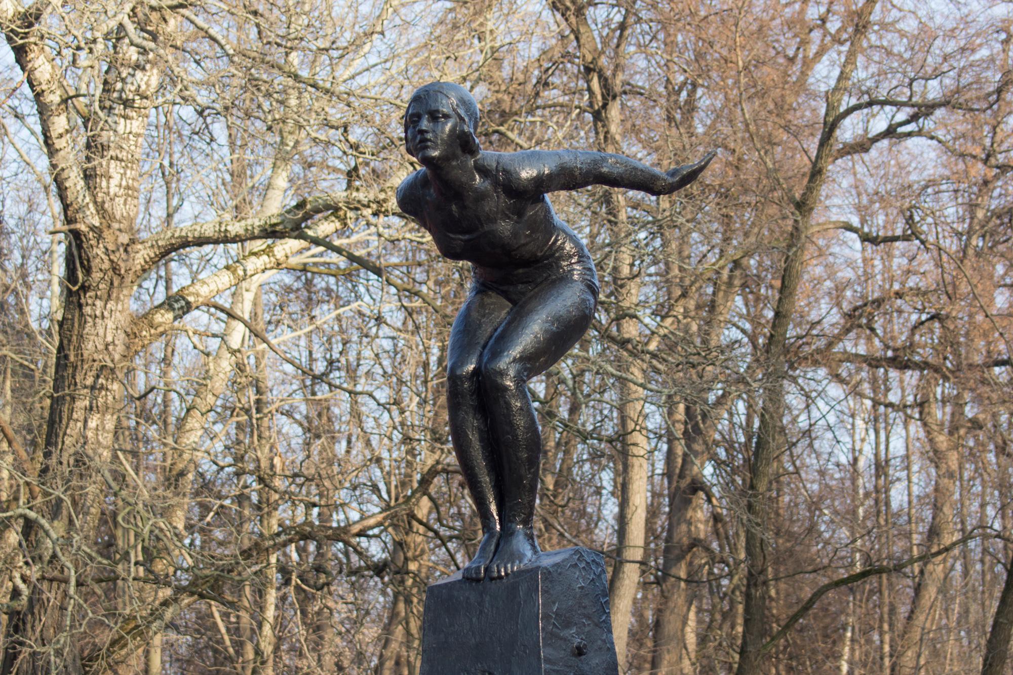 плавчиха - статуя