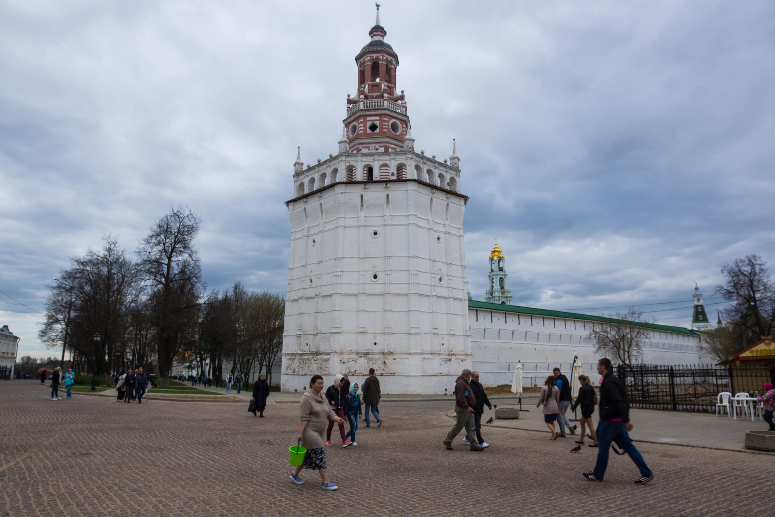 стены и башни Свято-Троицкой Сергиевой Лавры