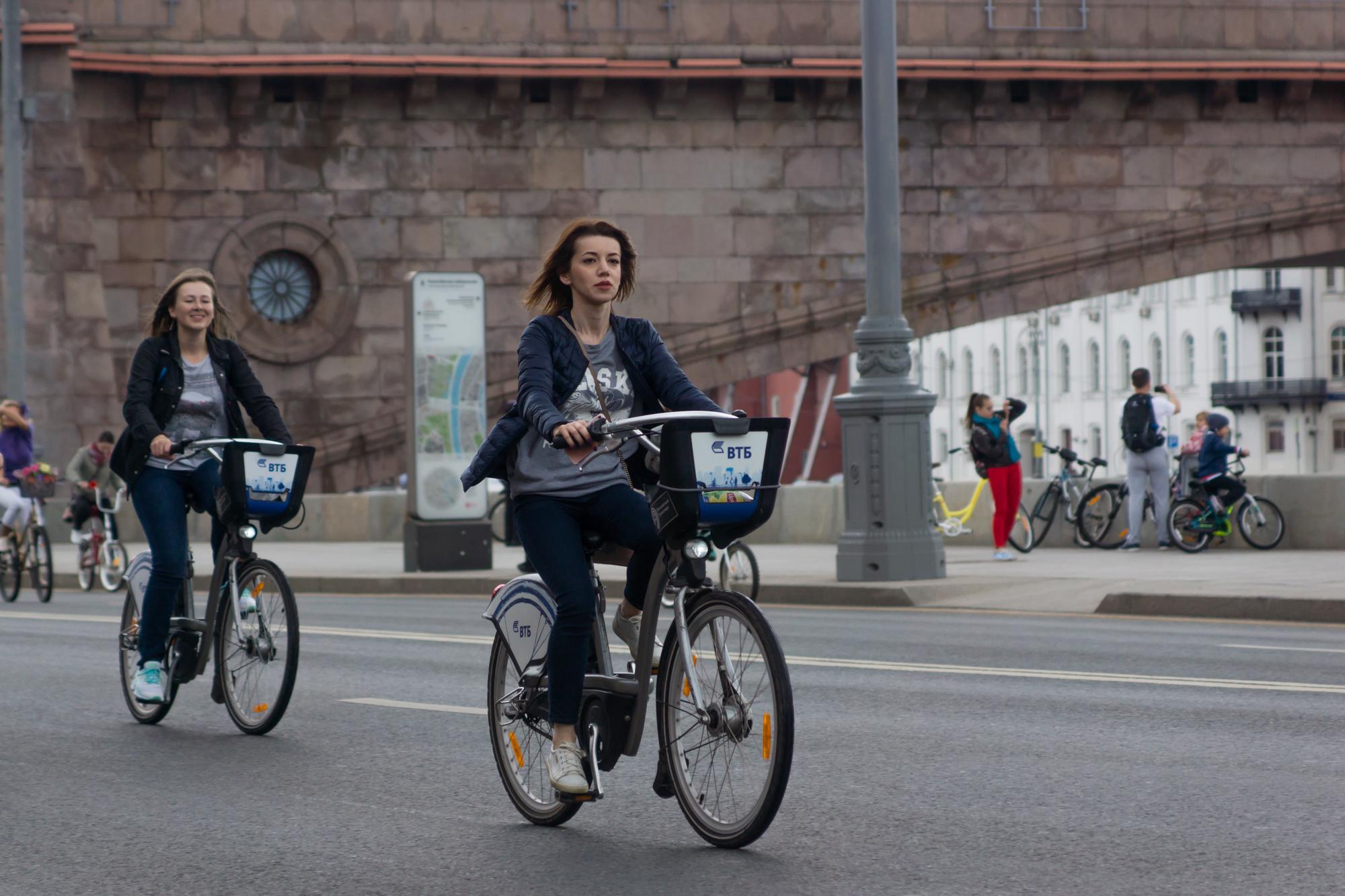 Не обязательно иметь собственный велосипед,чтобы участвовать в велопробеге. Можно воспользоваться арендованным.