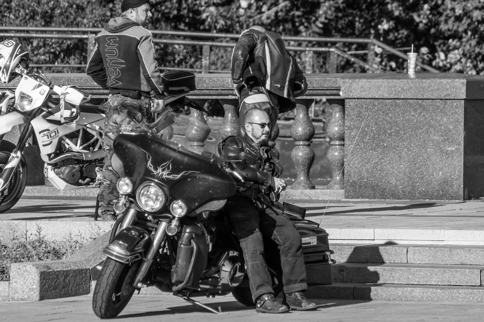 Байкер и его мотоцикл