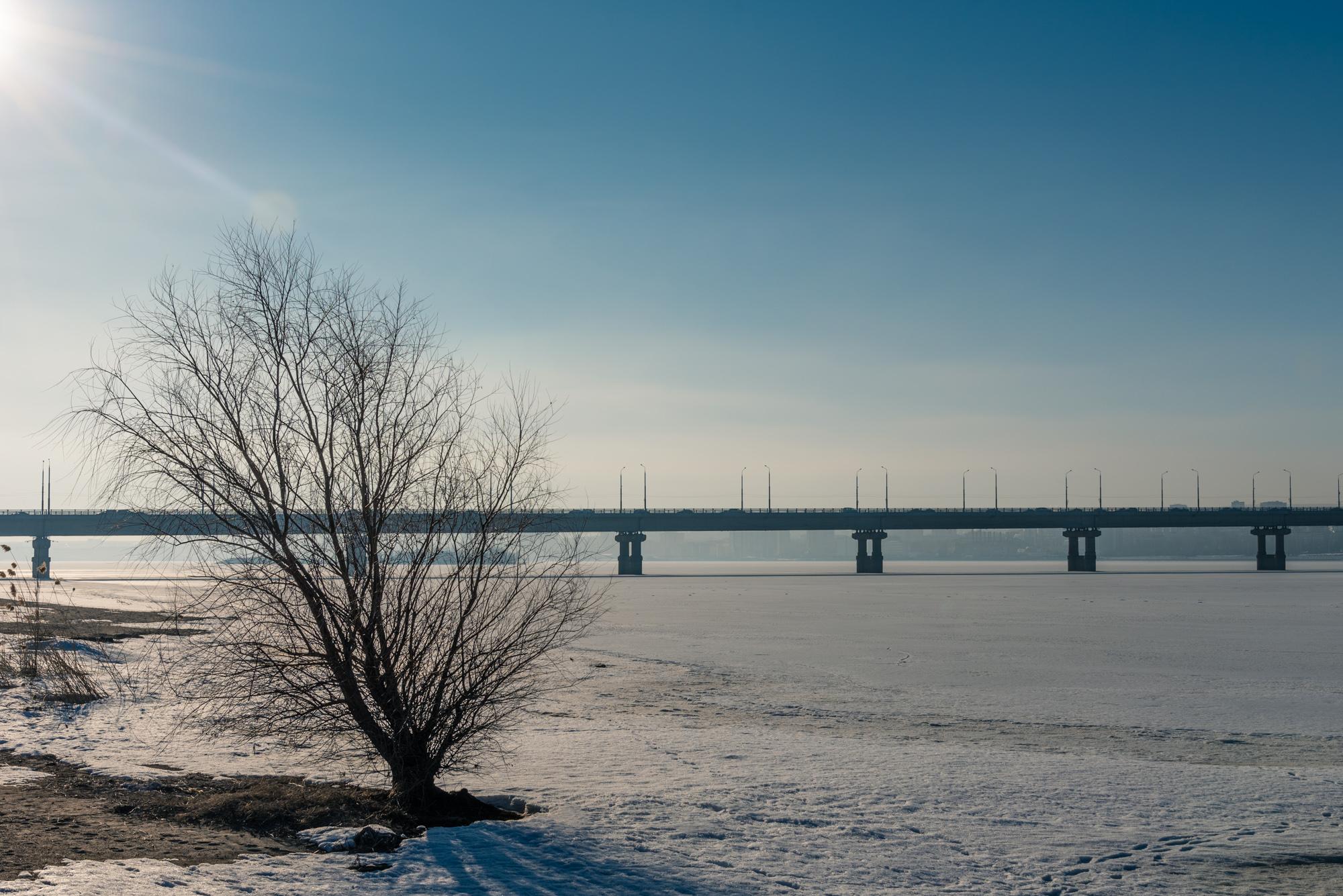 Пляж и мост