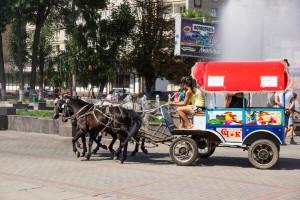 улицы Саратова летом